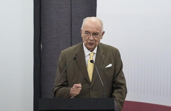 El fiscal General de la República, Alejandro Gertz Manero, entregó a la Cámara alta el nombre de José Agustín Ortiz Pinchetti. Foto: Cuartoscuro
