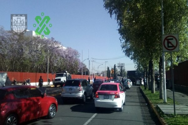 LA circulación en Eduardo Molina fue reabierta aproximadamente a las 9:00 horas. Foto: @OVIAL_CDMX