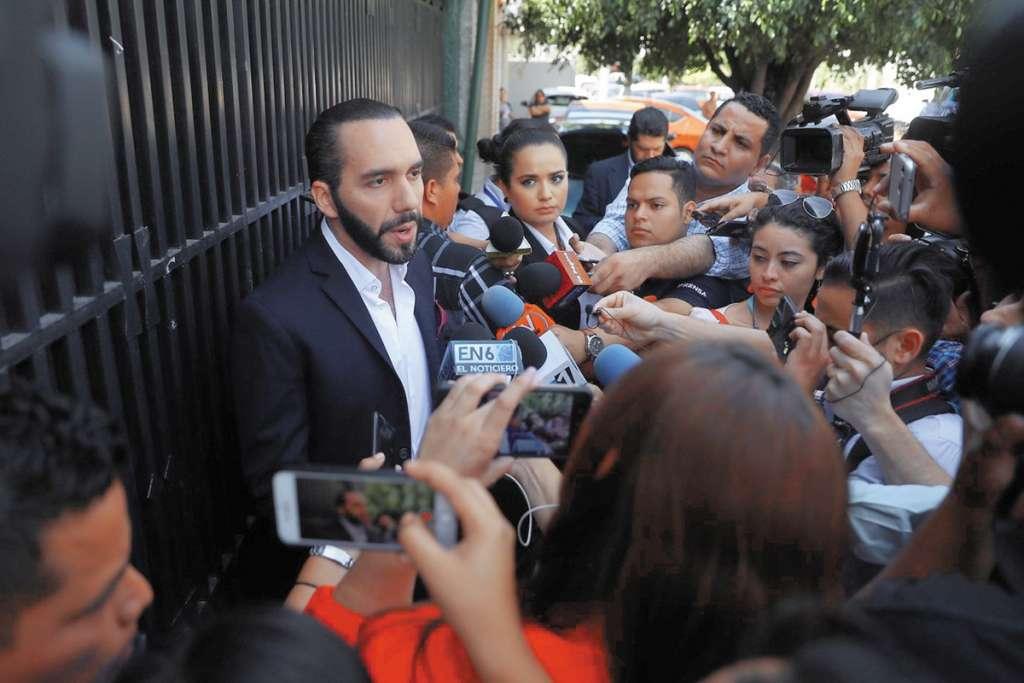 Un tribunal contra la violencia machista de El Salvador absolvió al Presidente electo. FOTO: EFE