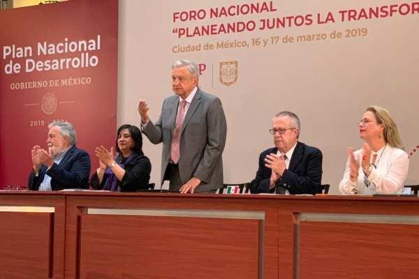 El presidente presentó ejes como parte de la estrategia de la nueva política de desarrollo. Foto:@GobiernoMX
