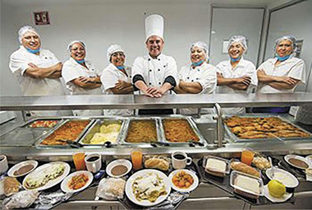 La Cosmopolitana ofrece variedad en alimentación en diferentes sectores.FOTO: ESPECIAL