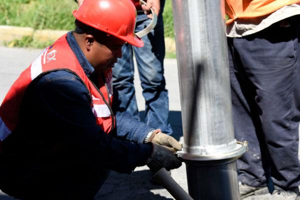 Mediante estas labores previas a la temporada de lluvia, se evitan taponamientos en las redes de drenaje. Foto: ESPECIAL