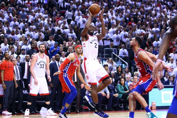 Toronto Raptors se impusieron a los Filadelfia Sixers por 92-90 en su séptimo y último partido. Foto: AFP