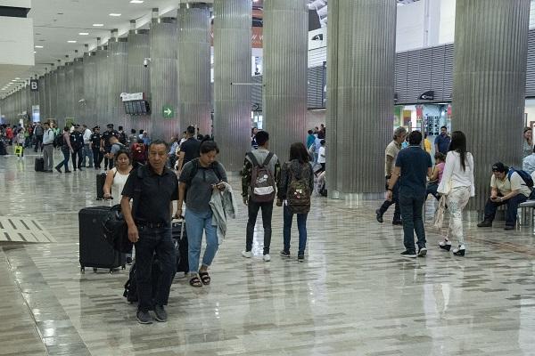 Cada hora en el aeropuerto capitalino se realizan alrededor de 62 operaciones cada hora. Foto: Cuartoscuro