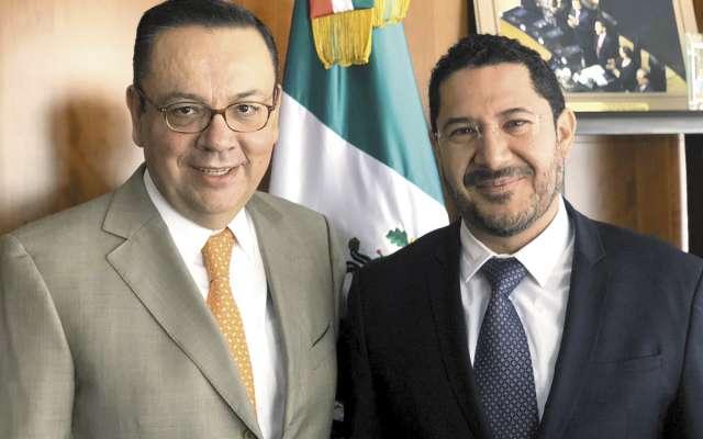 Germán Martínez sostuvo una reunión cordial con Martí Batres.FOTO: ESPECIAL