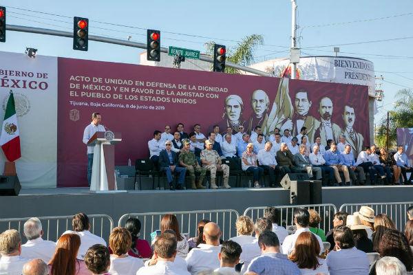 Domínguez Servién, pidió no olvidar que cada día millones de mexicanas y norteamericanos intercambian, conviven, producen y se visitan mutuamente. FOTO: ESPECIAL