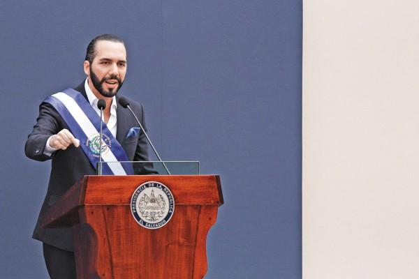 El 1 de junio, Bukele asumió la presidencia de El Salvador. Foto: AP