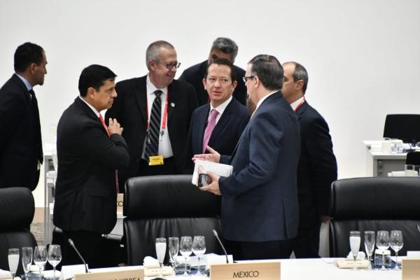 El Secretario de Hacienda sostuvo reuniones bilaterales con su homólogo canadiense, William Morneau, y el británico, Philip Hammond. Foto Especial