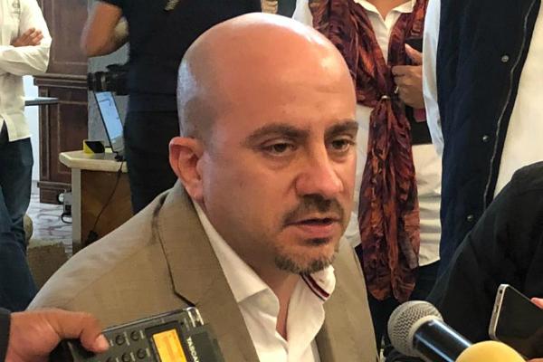 Sin embargo, el alcalde de Guadalajara reconoció que sí preocupa que uno de los titulares de la cartera federal más importantes renuncie y bajo esos argumentos. Foto: Especial.