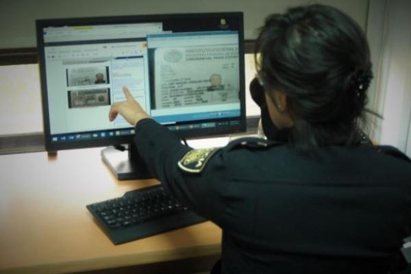 Se recomienda que si se ha sido víctima de algún delito en la navegación de Internet se comunique al 52425100 ext. 5086