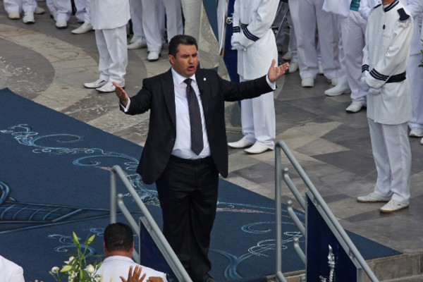 Jalisco investiga a Naason Joaquín García La Luz del Mundo
