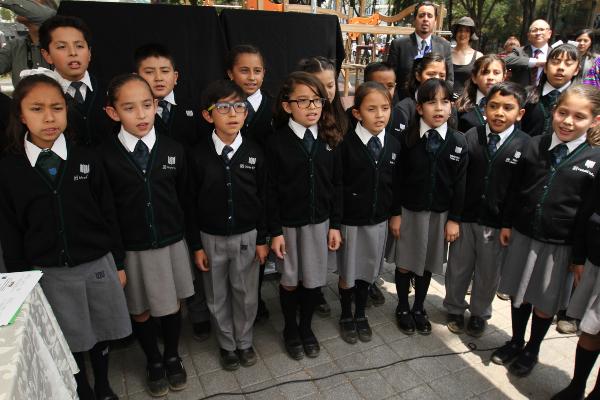 Las escuelas tendrán un comité que evaluará y decidirá el destino del dinero. Foto: NOTIMEX