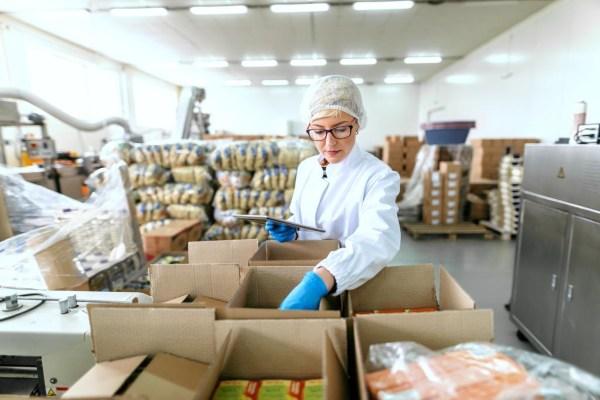 Corporativo Kosmos y las empresas que lo conforman aplican el PEPS en su inventario. Foto: Especial