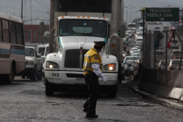 EU incluyó una cláusula en el T-MEC que impide el ingreso de camiones mexicanos. Foto: Cuartoscuro