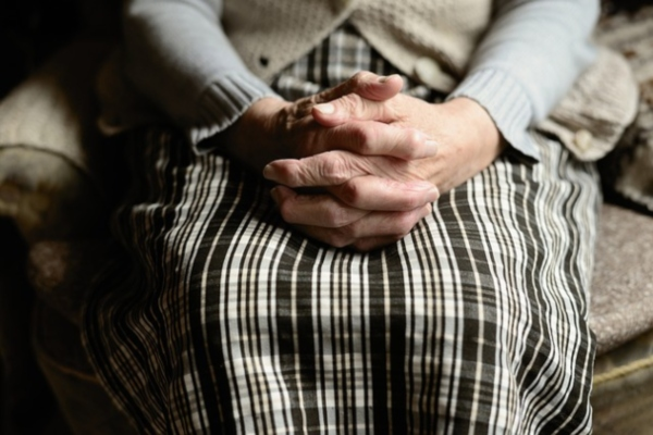 Violan a una anciana en Iztapalapa. Foto: Pixabay (ilustrativa)