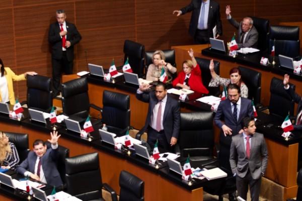 senado_presupuesto_paquete_economico
