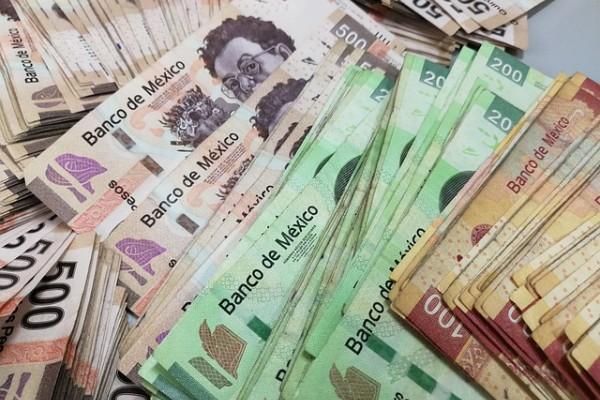 El riesgo país de México aumentó ocho unidades. FOTO: Pixabay.