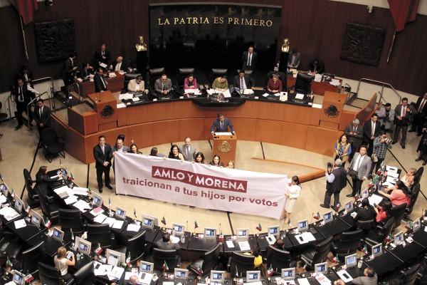 La oposición criticó que no se haya dado más tiempo de discusión a las tres normas secundarias. Foto: Cuartoscuro