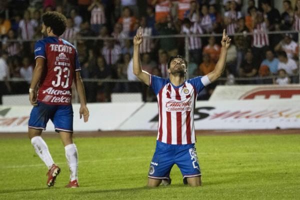 Oribe Peralta consiguió su primer gol con la camiseta de las Chivas. Mexsport