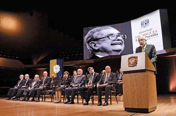 Miguel León-Portilla fue investigador emérito y doctor honoris causa de la UNAM. Foto: Especial.