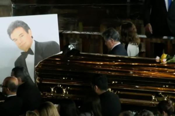 Cenizas de José José llegan a la Basílica de Guadalupe: FOTOS