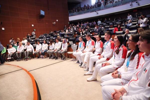 Es la primera vez que el Senado de la República reconoce a los deportistas panamericanos y parapanamericanos. Foto: @Senado_PRI