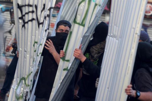 Las protestas en diferentes países del hemisferio sur ya han cobrado la vida de varias personas. Foto: EFE