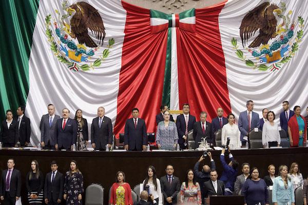 que pasaria si renunciara el presidente de mexico