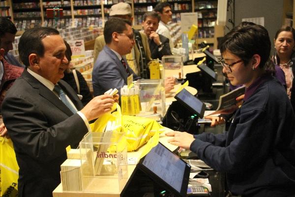 José Manuel López Campos, presidente de la Concanaco Servytur  en el inicio de las compras del