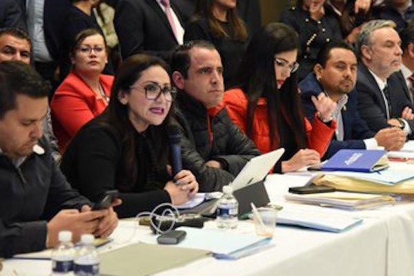Diputados discuten fuera de San Lázaro el Presupuesto 2020