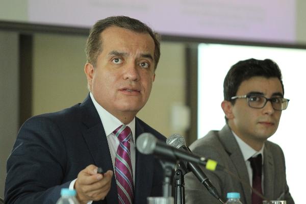 INE Consejero Luis Carlos Ugalde Presupuesto 2020 El Heraldo Radio
