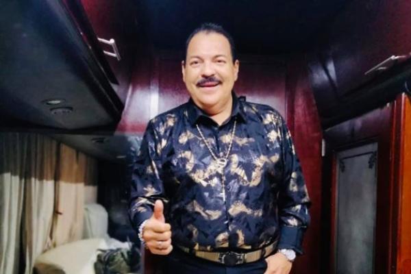 Julio Preciado celebró su cumpleaños 53 a unos días de recibir un transplante de riñón: VIDEO