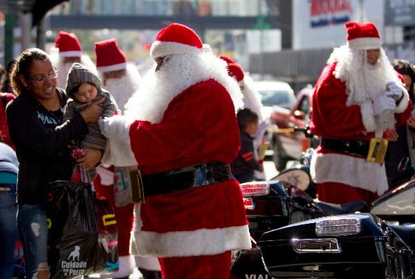 Santa Ron- Santas-Carrera-Navidad
