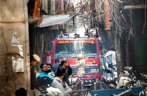 Incendio Fábrica Nueva Delhi