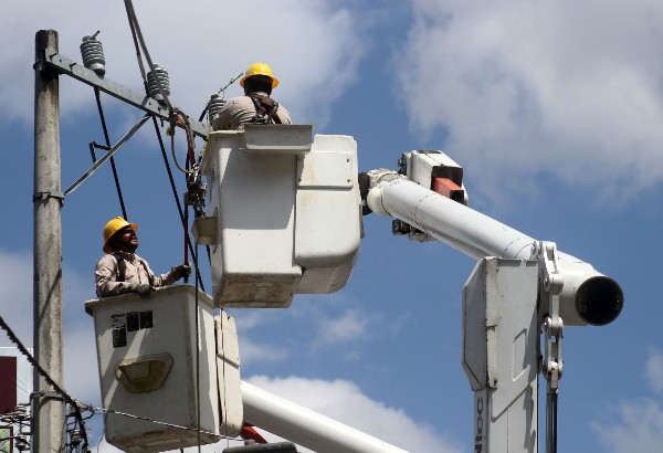 Electricidad-venta-luz-privados-Trabajadores-CFE-