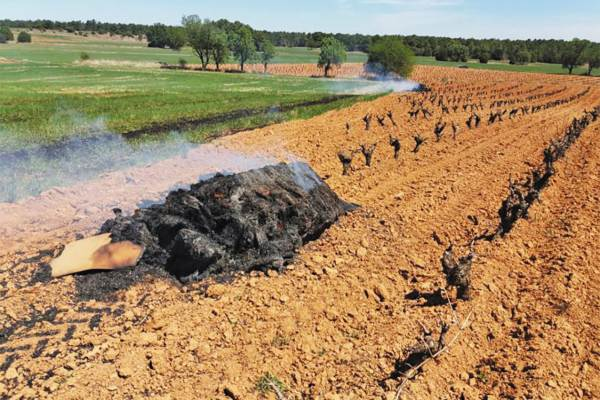 OPCIÓN EXTREMA. Encendieron las fogatas en los invernaderos y a cielo abierto. Foto: Especial.