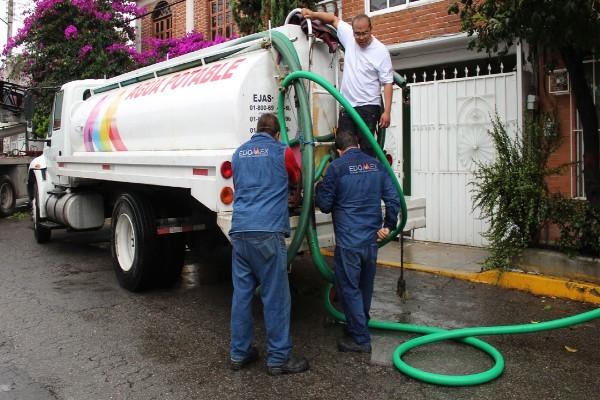 estado_de_mexico_corte_agua_potable_pipas
