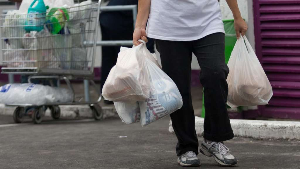 plasticos-naucalpan-multas-negocios-bolsas-popotes-unicel