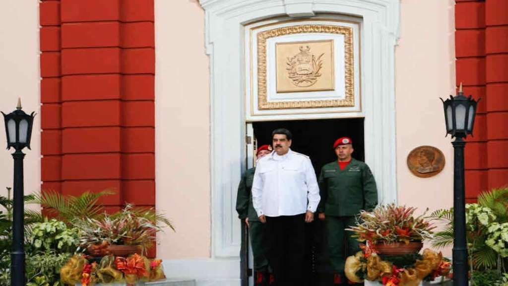 twitter-cuentas-suspende-nicolas-maduro-venezuela-regimen