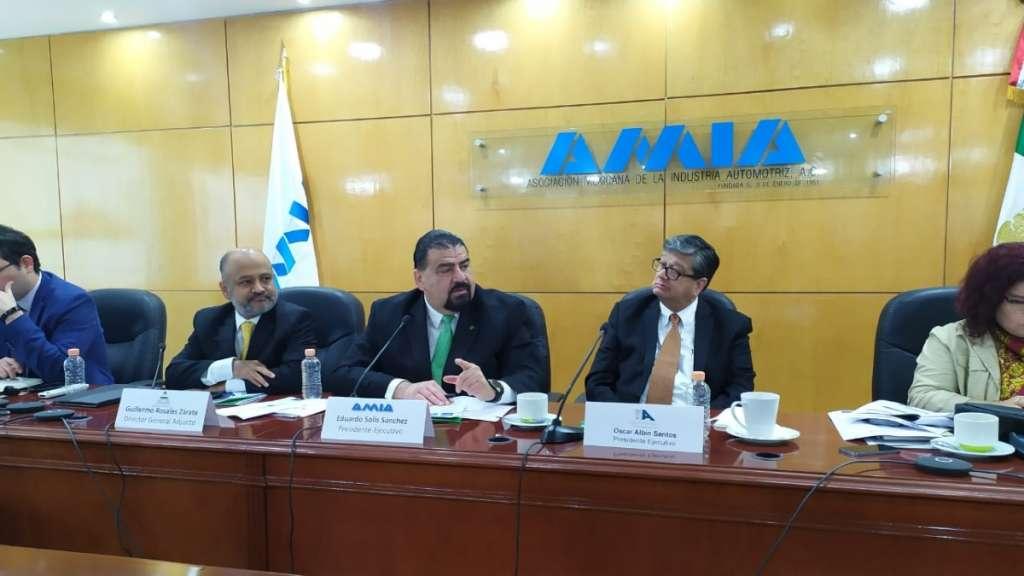 amia-asociacion-industria-automotriz-presidente-renuncia