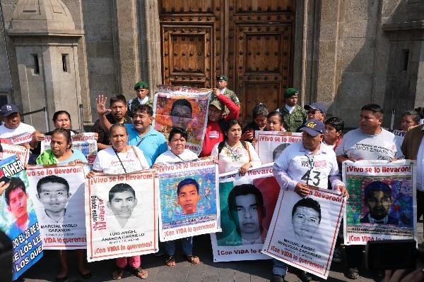 Durante la reunión con el presidente Andrés Manuel López Obrador los padres de Ayotzinapa analizarán los avances de la investigación.  FOTO: GRACIELA LÓPEZ  /CUARTOSCURO.COM
