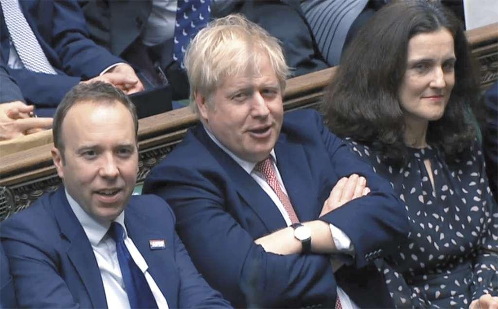 FELIZ. El primer ministro Boris Johnson festejó ayer la votación a favor de la salida del bloque. Foto: AFP