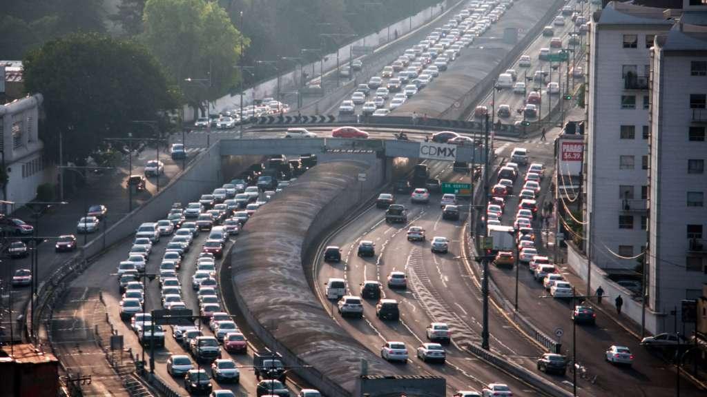 ¡Evita multas! Estos son los autos que no pueden transitar en la CDMX y Edomex el miércoles 15 de enero