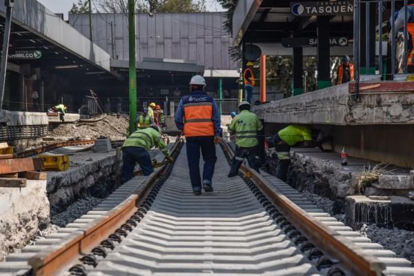 tren_ligero_servicio_transporte_publico_cdmx_obras