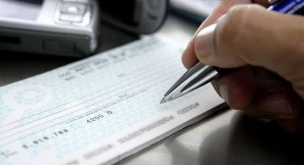 cheque extorsion banco