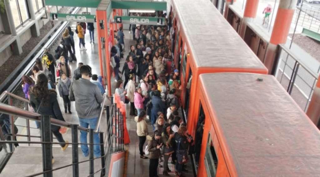 retrasos-linea-b-metro-cdmx-jueves-16-enero