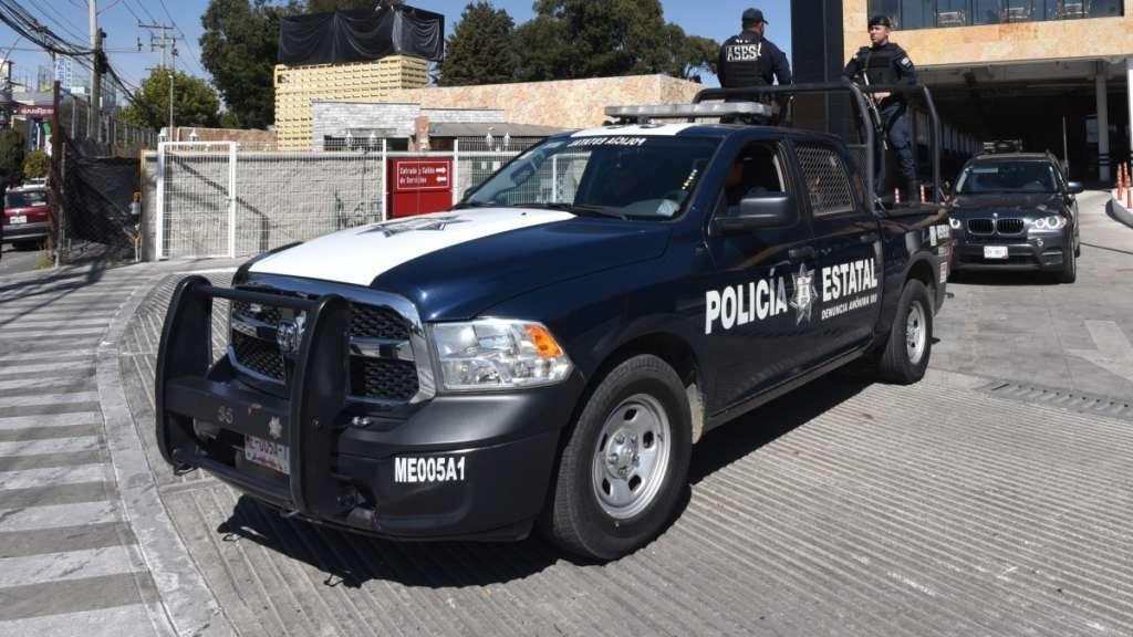 policias_estatales_asalto_automovilista_estado_de_mexico