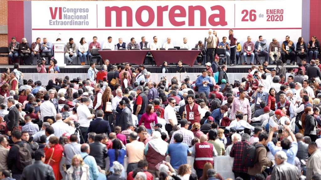 DIVIDIDOS. Un grupo de Morena, encabezado por Bertha Luján, realizó un Congreso Nacional. Foto: Vícctor Gahbler