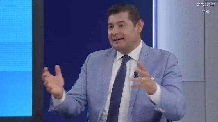 Alejandro Armenta, senador de Puebla