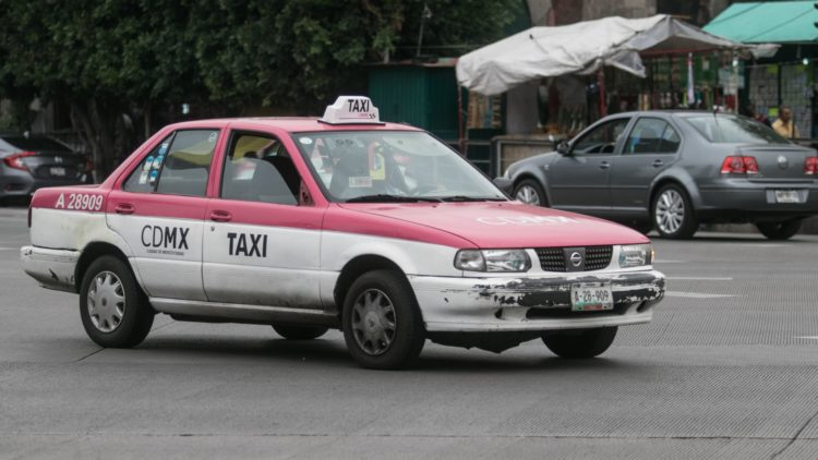 Taxis_rosas